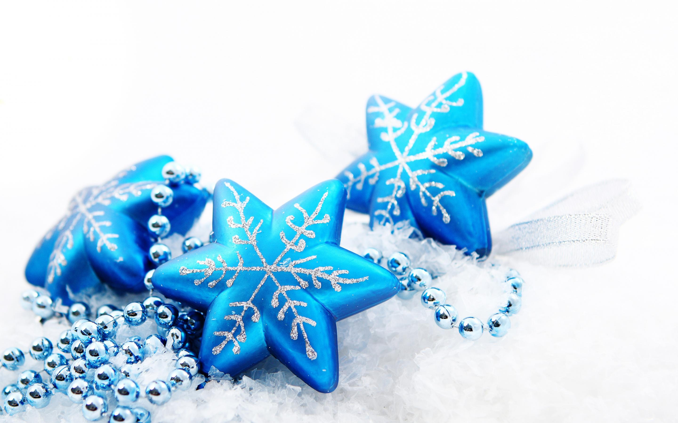 christmas-in-blue-color